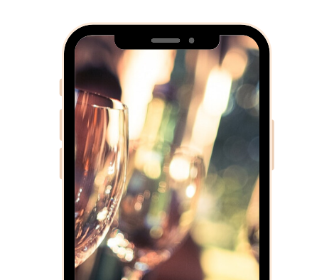 Smartphone Hub Screenshot - Full Screen Photo